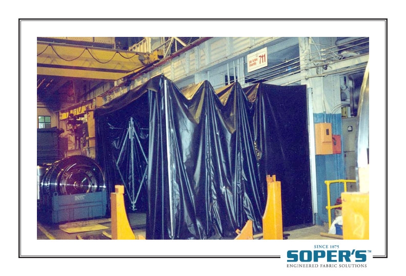 black retractable enclosure for cross-contamination