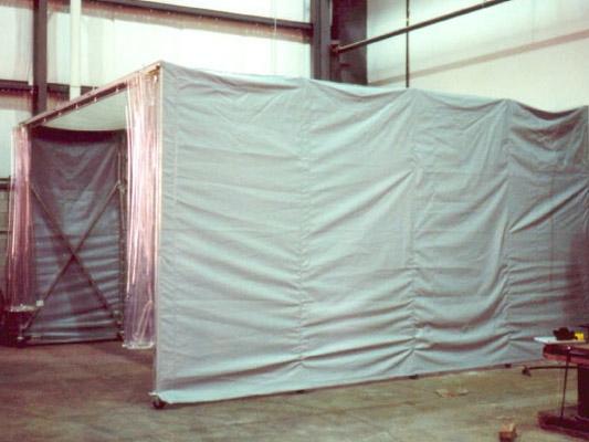 retractable-enclosures